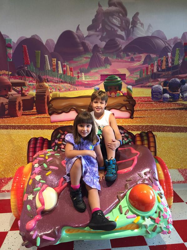 Vanellope's Sweets & Treats, a loja de doces do Disney Dream