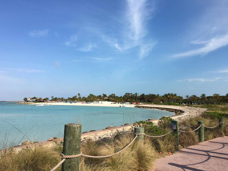 Primeira praia de Castaway Cay
