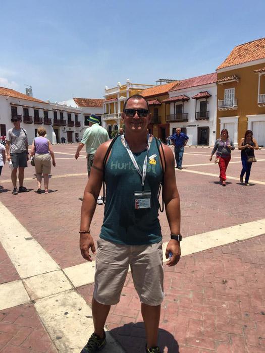 Hernani passeando por Cartagena