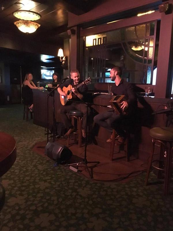 Música ao vivo no O'Gills