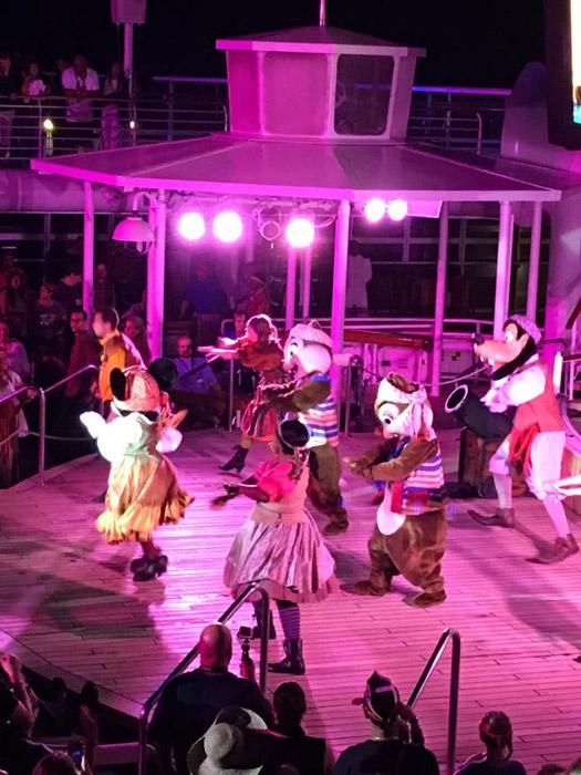 Noite dos Piratas no Disney Wonder