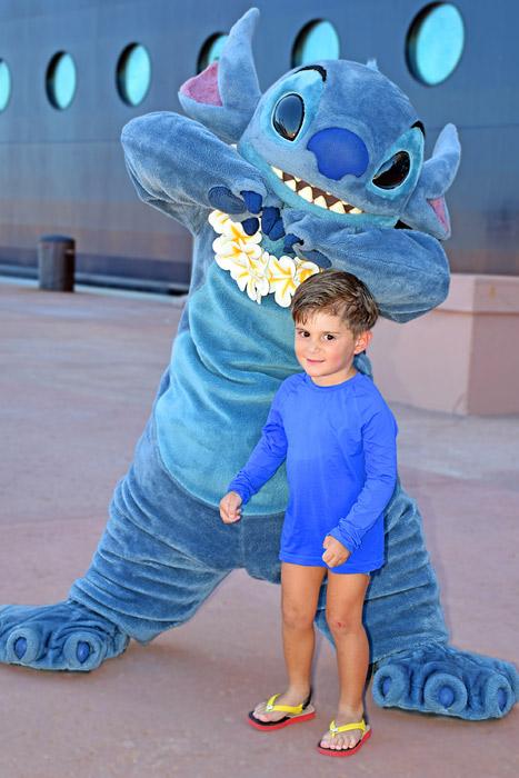 Stitch com Eduardo em Castaway Cay