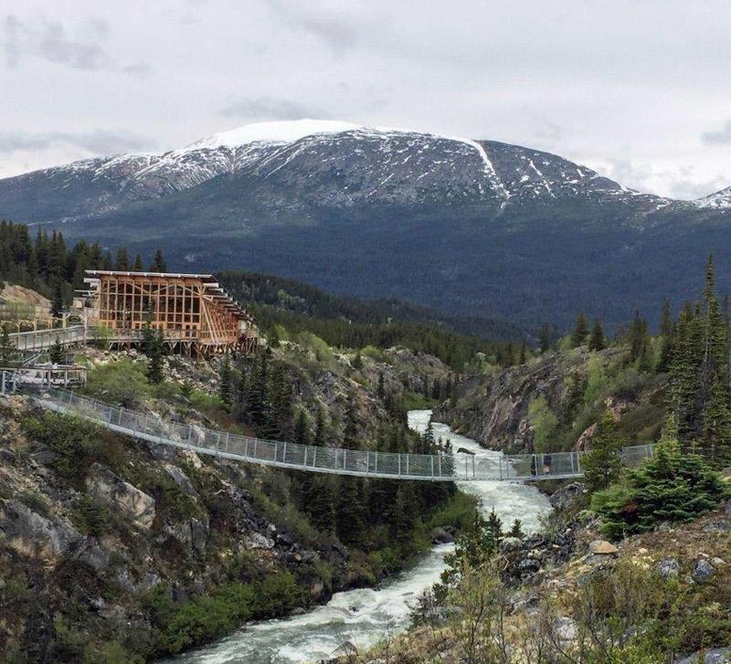 Ponte Suspensa no Yukon