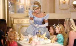 Chá com as princesas agora no Disney Dream