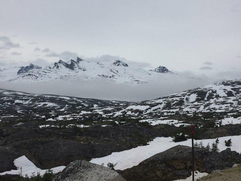 Começando com belas paisagens nevadas no Alasca