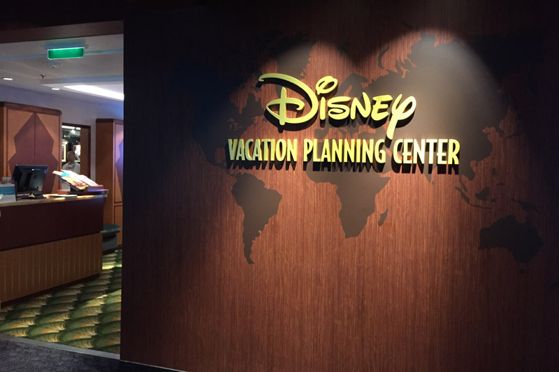 Disney Vacation Planning Center no Disney Dream, que é o lugar pra você fazer a reserva com desconto no cruzeiro Disney