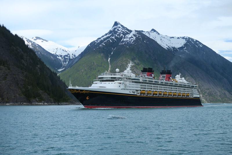 melhor mês pra fazer um cruzeiro no Alasca