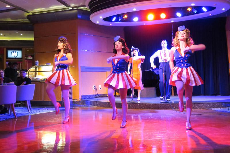 Show Star-Spangled USO no dia Marvel no cruzeiro Disney