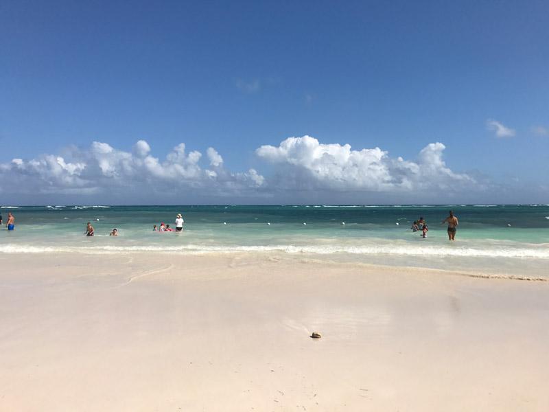 Praia do Blue Waters Beach Club, opção de passeio na Jamaica