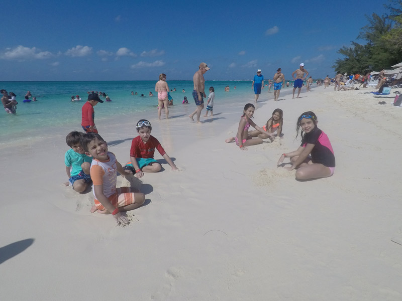 passeio nas Ilhas Cayman bom para crianças