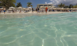 Passeio nas Ilhas Cayman: Royal Palms Beach Club