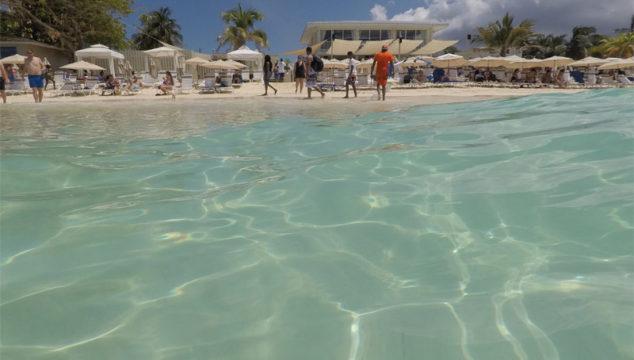 Passeio nas Ilhas Cayman: Royal Palms Beach Club