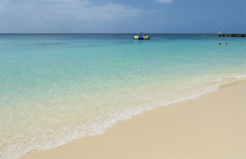 10 praias pra conhecer em um cruzeiro da Disney - Doctor Cave Beach