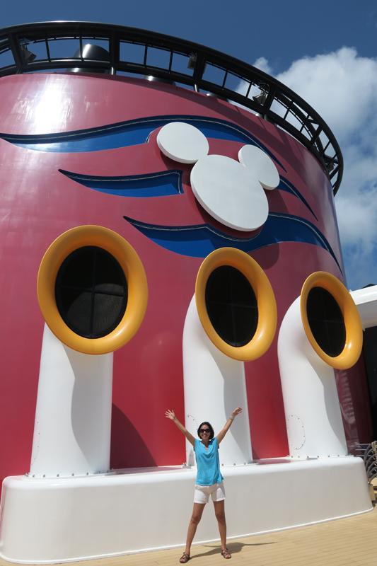 Luciana no Disney Fantasy depois da reforma
