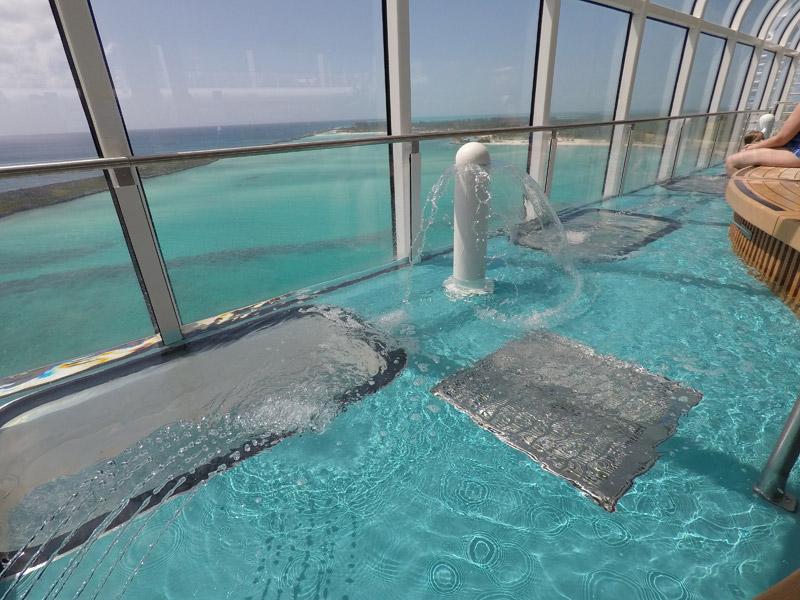 Disney Fantasy depois da reforma: nova piscina