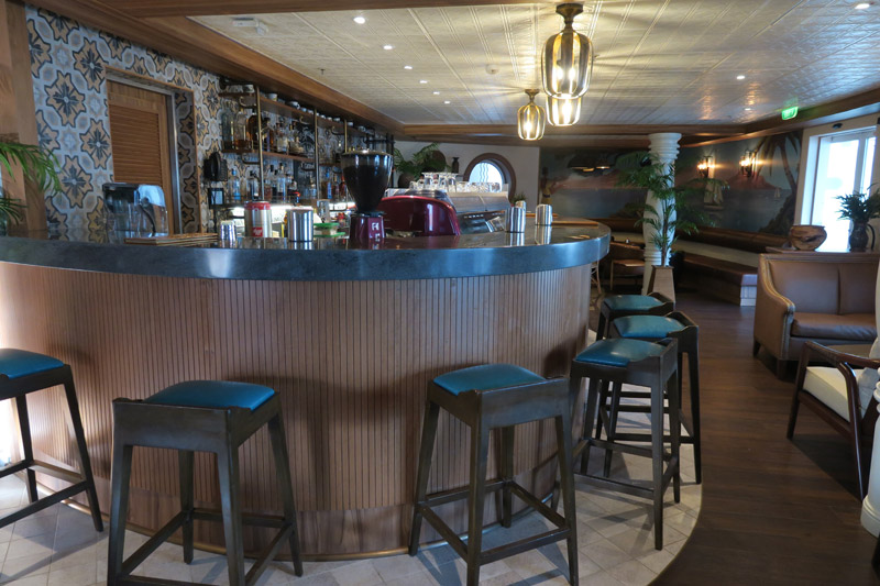 Novo Cove Café no Disney Magic
