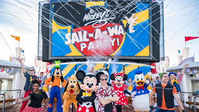 Nova festa Mickey's Sail-A-Wave