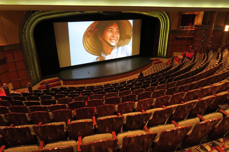 Cinema no cruzeiro Disney Wonder