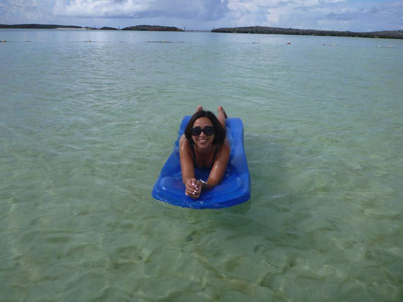 Eu curtindo a praia em Castaway Cay em setembro de 2016