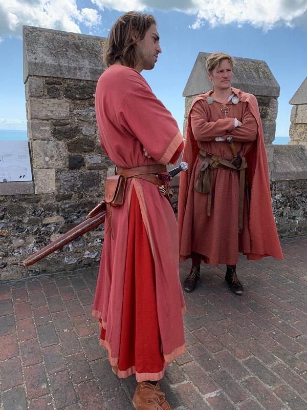 castelo-de-dover-funcionarios-com-roupa-de-epoca