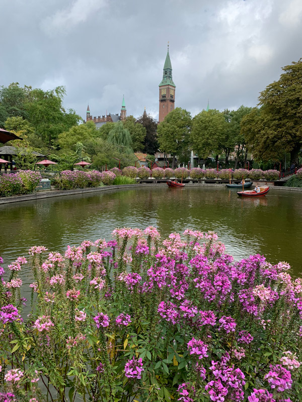 copenhague-tivoli-gardens-cruzeiro-disney-na-europa