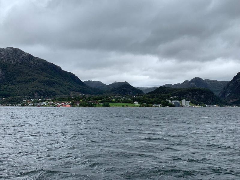 cruzeiro-da-disney-na-noruega-passeio-no-lysefjord