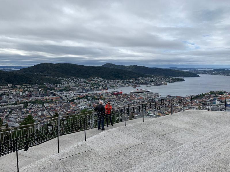 cruzeiro-da-disney-na-noruega-vista-floibanen-bergen