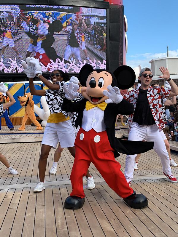 festa-mickey-sail-a-wave-no-disney-magic