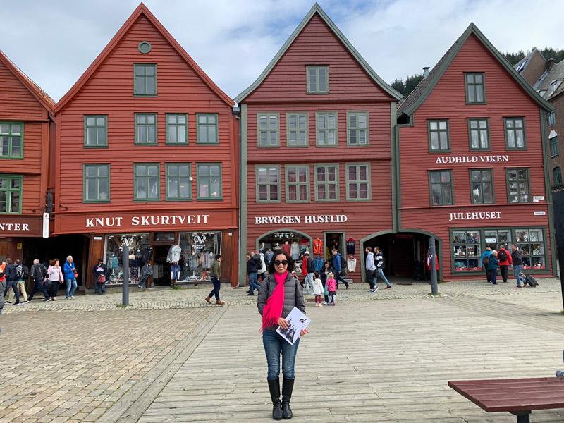 lu-em-bryggen-bergen-noruega