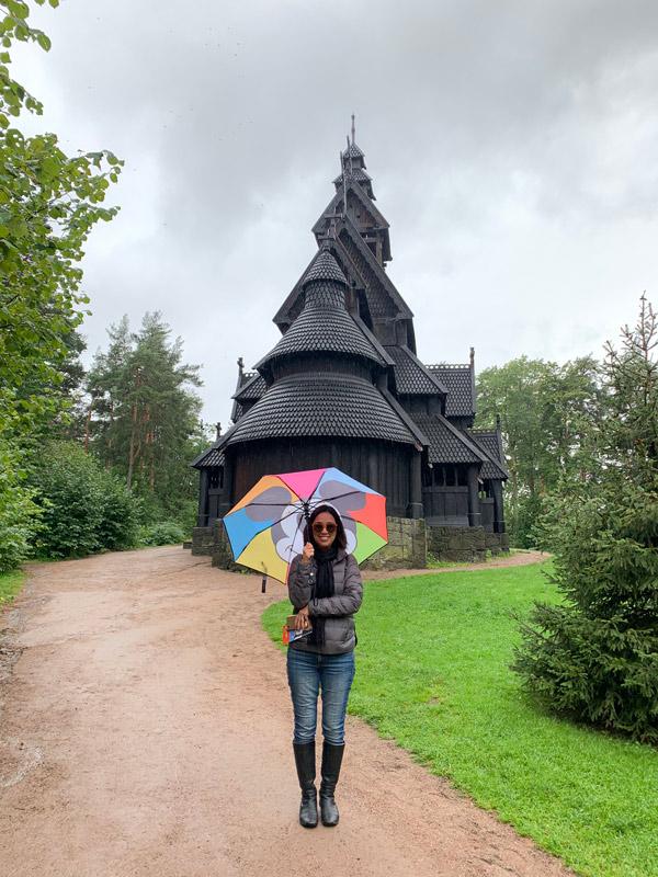 lu-folkemuseum-igreja-de-gol-epcot-noruega