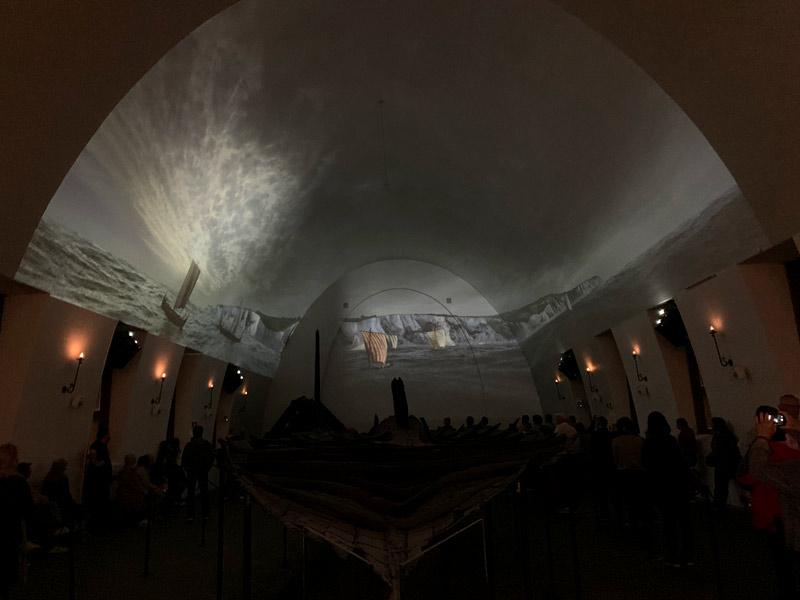 viking-ship-museum-oslo-noruega-projecao