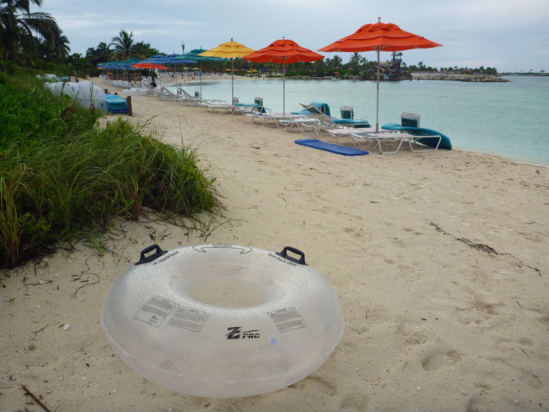 Bóia na praia das Cabanas