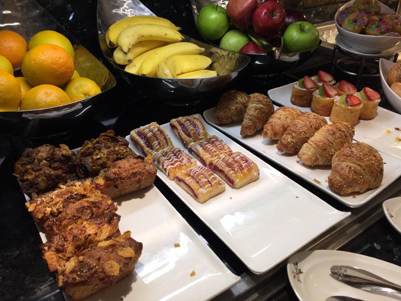 Mais itens de café da manhã no Concierge Lounge