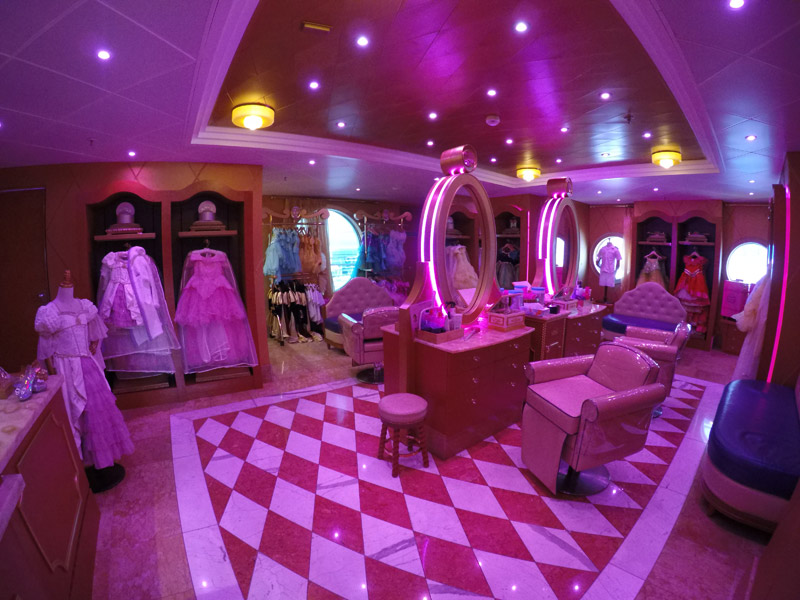 A Bibbidi Bobbidi Boutique do Disney Wonder