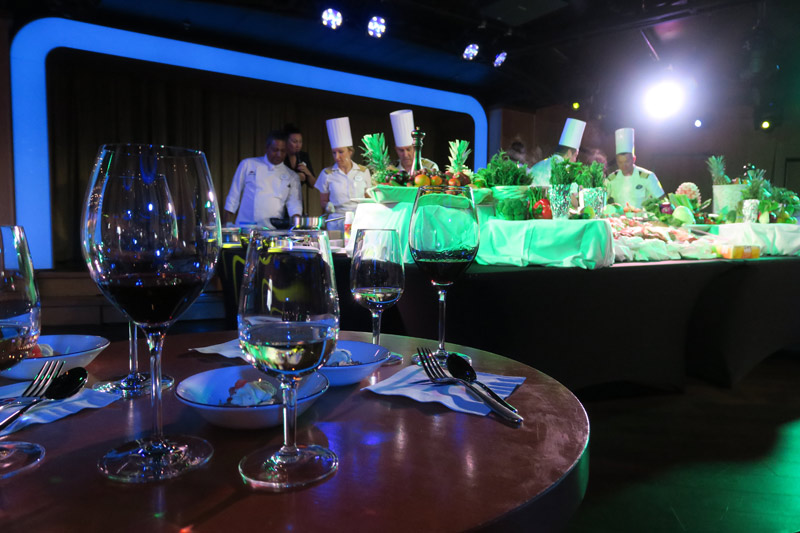 Uma competição de culinária no D-Lounge no estilo Master Chef