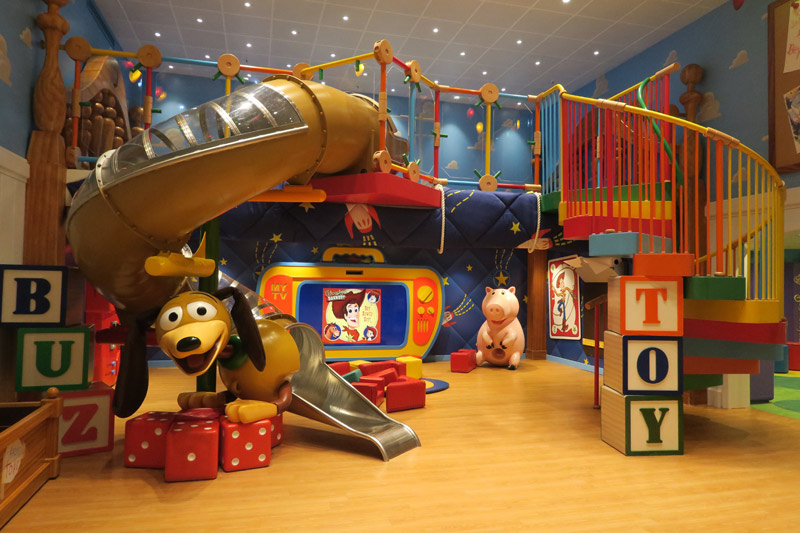 Oceaneer Club no Disney Wonder: quarto do Andy