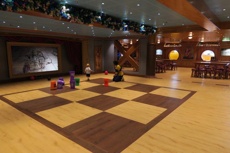 Área de brincadeiras no Oceaneer Lab