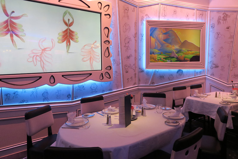 O restaurante Animator's Palate no Disney Wonder