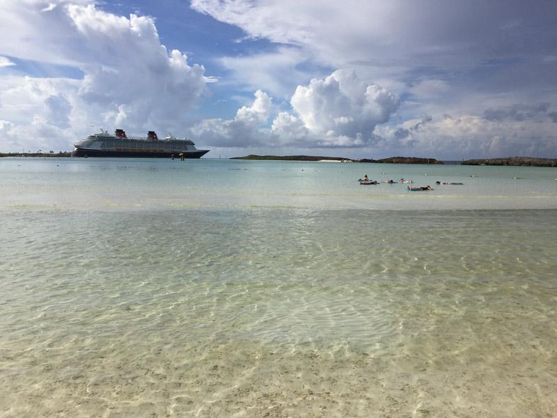 É um pedaço do paraíso ou não é? Praia privativa das Cabanas em Castaway Cay
