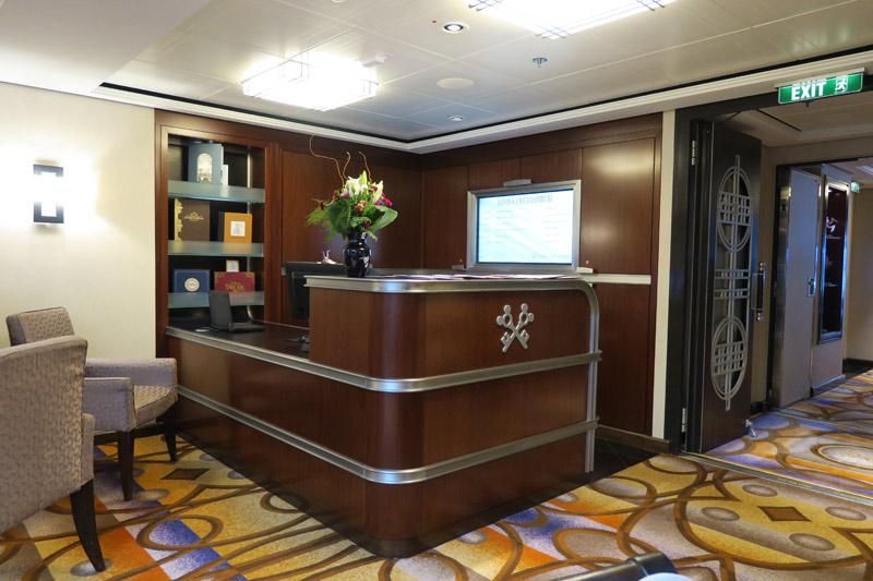 A recepção no Concierge Lounge onde ficam os 3 Concierges